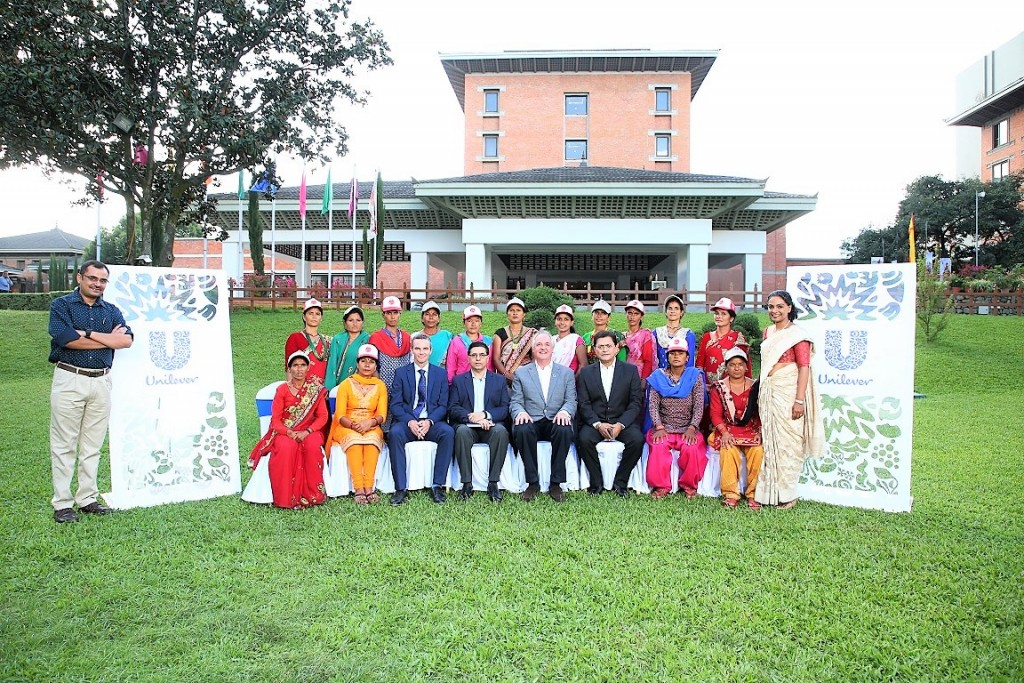 Dambari (first sitting from left) and fourteen other Hamri Didis recently attended a workshop in Kathmandu and had the opportunity to meet Unilever CEO Paul Polman (fifth from left).
